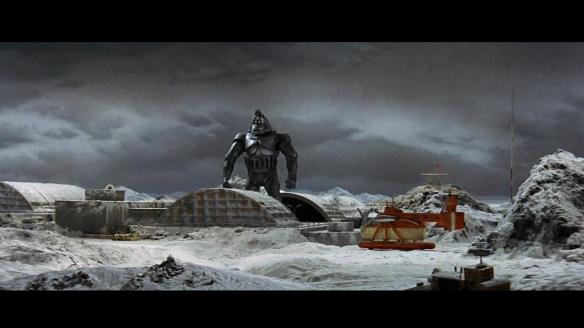 The robot King Kong prepares to go digging.