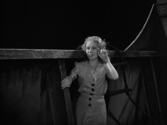 King Kong 38th minute: Fay Wray